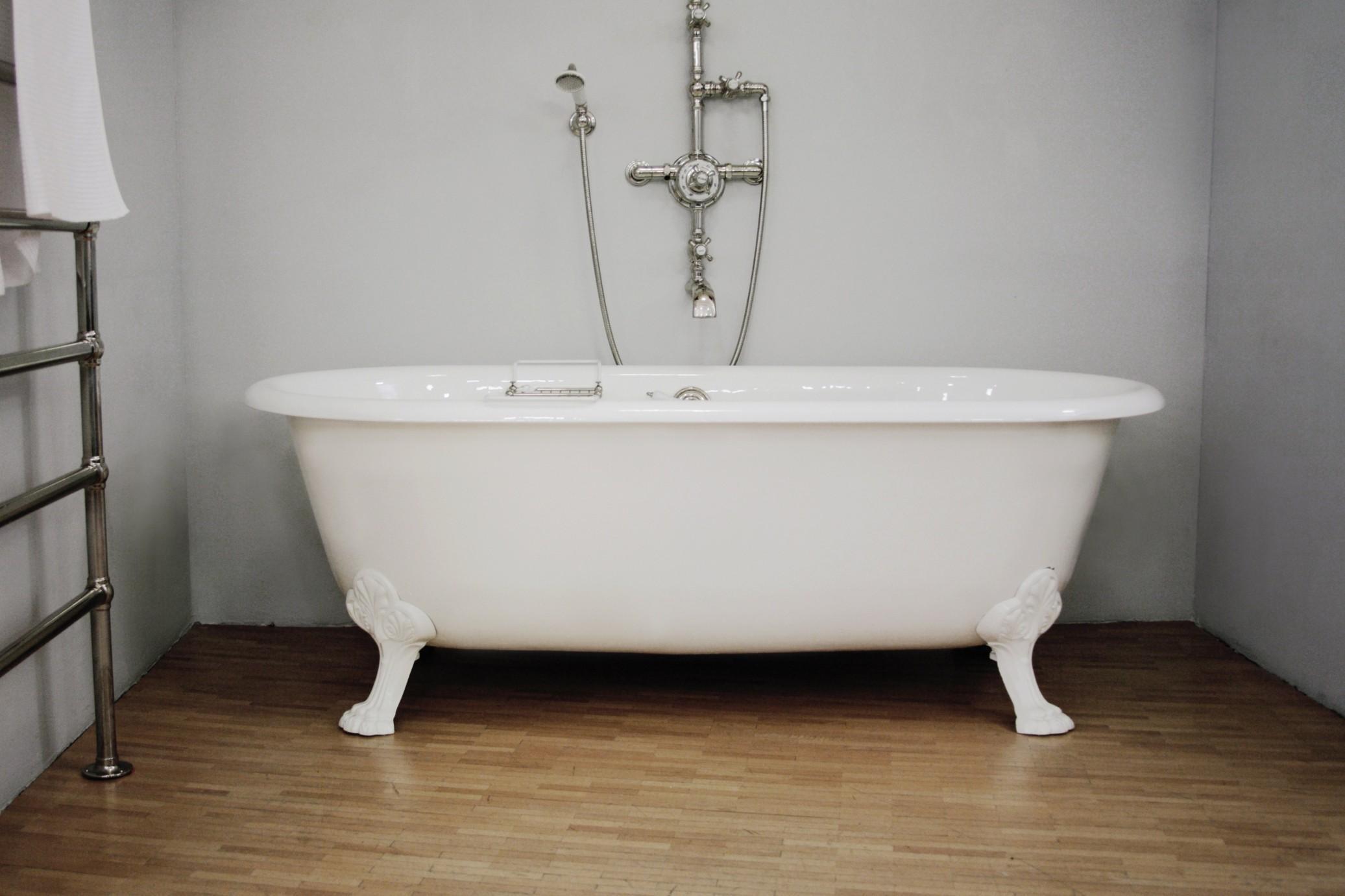 Arredobagno arredobagno pezzoni - Come montare una vasca da bagno ...