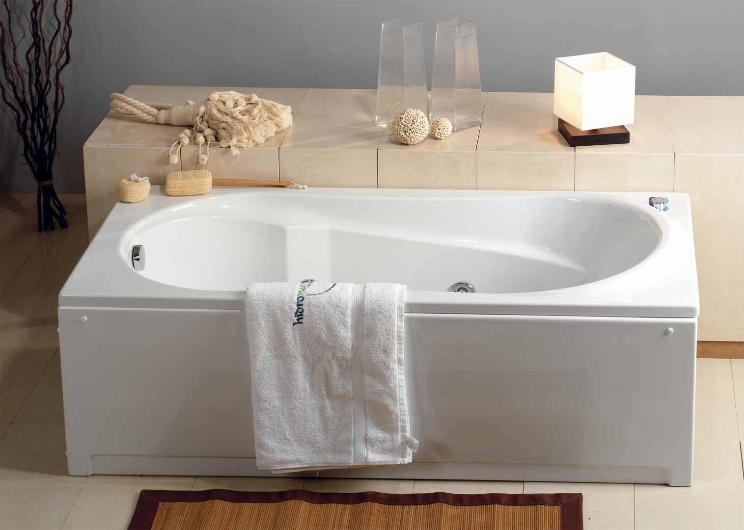 Arredobagno arredobagno pezzoni - Vasca da bagno corta ...